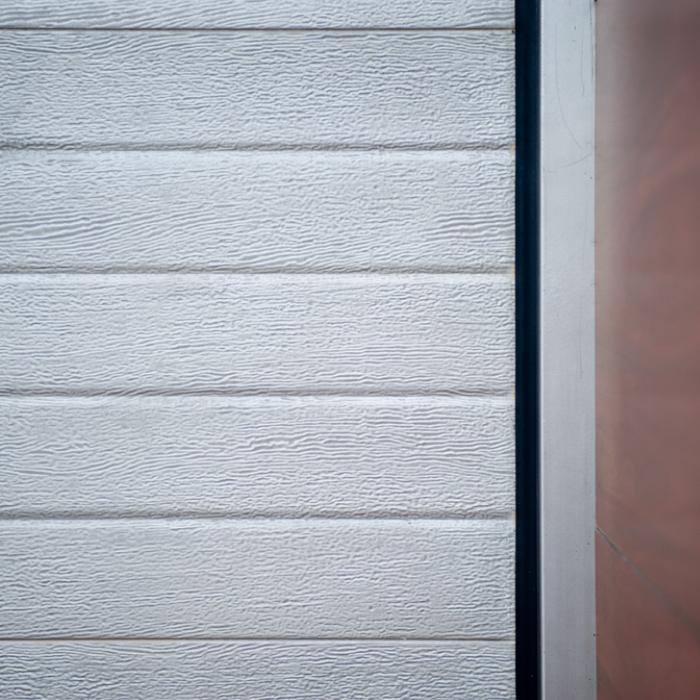 Puerta-Automática-Seccional-Imitación-Piel-Portaca